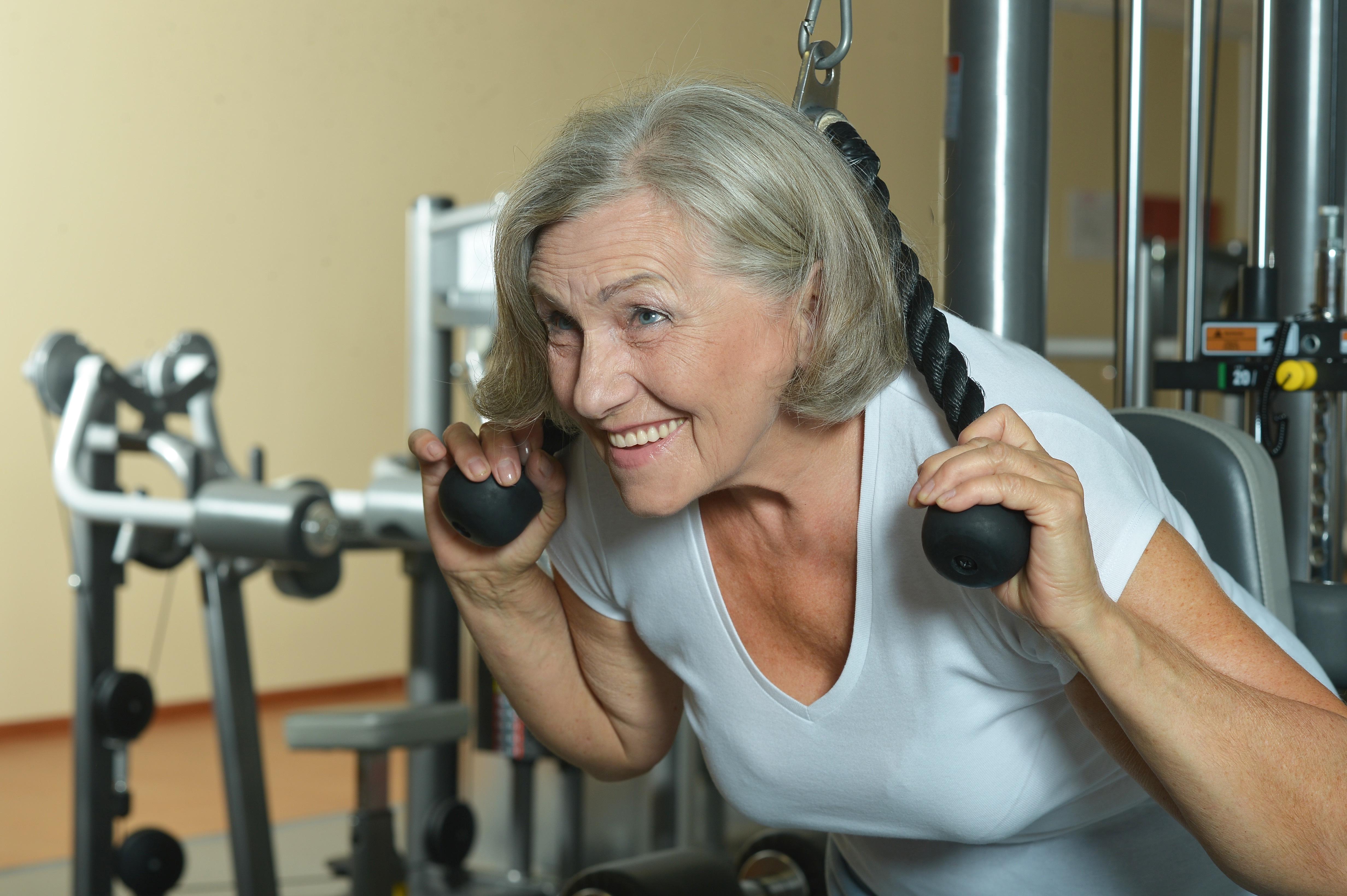 eldre kvinner yngre menn spydeberg